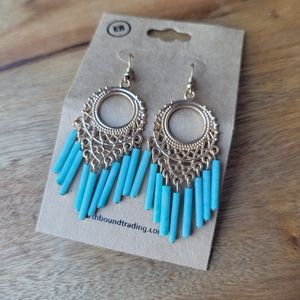 NWT Earthbound boho dangle earrings